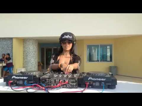 Juli Aristy DJ at Cartagena-Colombia