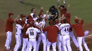 D-backs rally for six runs in 10th