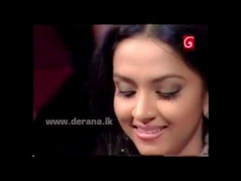 Sajana Wanigasuriya singing live @ Tharu Pahak Avith