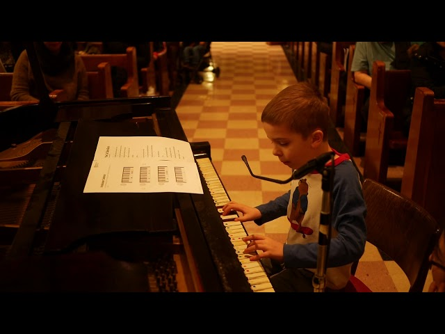 Rafferty (8) performs Cat Came Back and Three Blind Mice