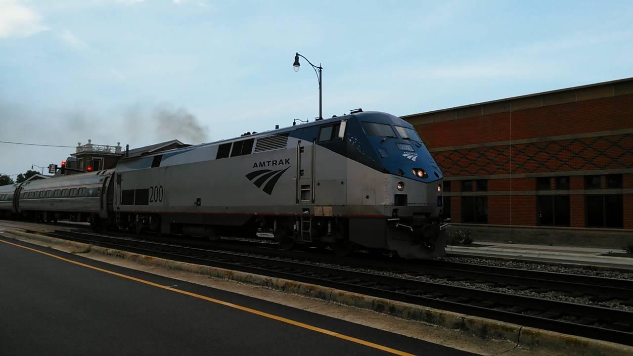 Papercraft Amtrak P089-22 P42DC #200 EXTREME 1st gen K5LA quilling action and hornshow Fayetteville, NC