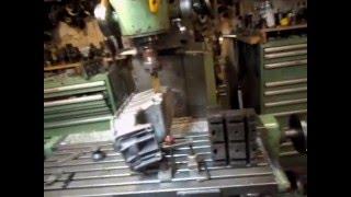 Способ нарезания резьбы в поддоне двигателя Гольфа