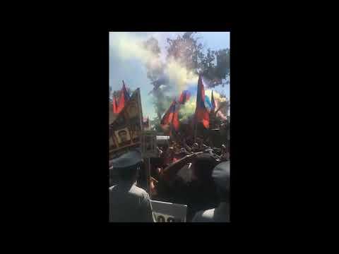 Տեսանյութ.  Ռոբերտ Քոչարյանի՝ դատարանի առջև հավաքված աջակիցները սխալ էին լսել դատարանի որոշումը