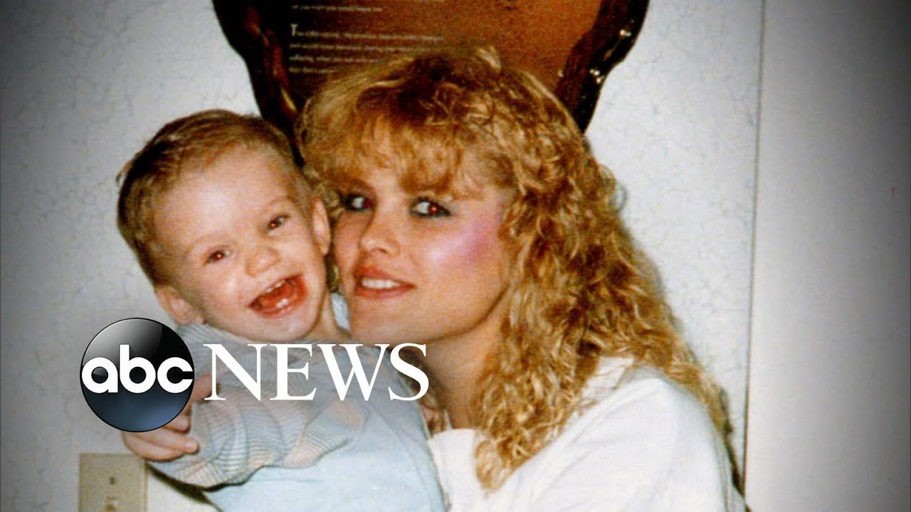 Download Tragic Beauty: Anna Nicole Smith l 20/20 l PART 2