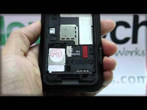 MOTOROLA DEFY: Inserting the SIM Card
