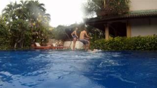 Бассейн в отеле Fat Yoga, о.Бали(, 2011-10-16T16:51:12.000Z)