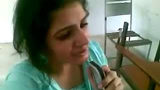 Paki Girl Singing Indian Song Very Nice Voice