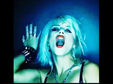 """Barb Wire Dolls - """"Surreal"""" [Official Video] from album 'Desperate' (Motörhead Music)"""