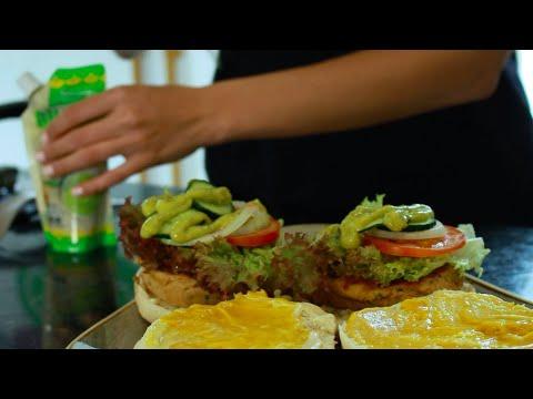 como-hacer-una-deliciosa-hamburguesa-de-atún