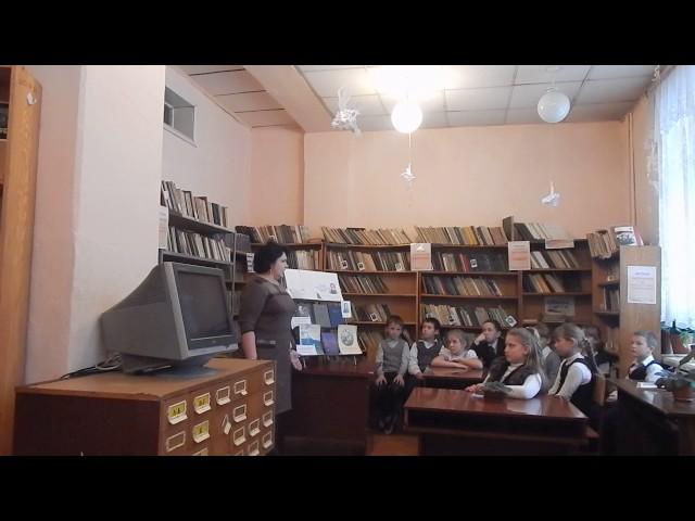 Изображение предпросмотра прочтения – ИринаЕрёмина читает произведение «Тучи» М.Ю.Лермонтова