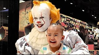 Download lagu Pennywise Terrorizes Audiences Again! Mall Prank and Store Raid (New Era Caps)
