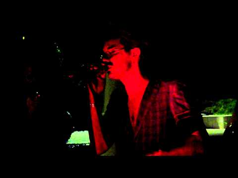NOBRAINO live - Romagna mia versione ACUSTICA (n.b.RN fan club)