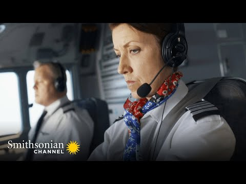 Download Flight 1380 Attempts a Dangerous Maneuver to Land in One Piece 🛬 Air Disasters | Smithsonian Channel