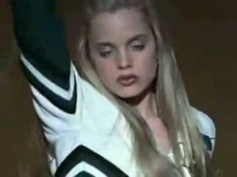 Mena Suvari Cheerleader