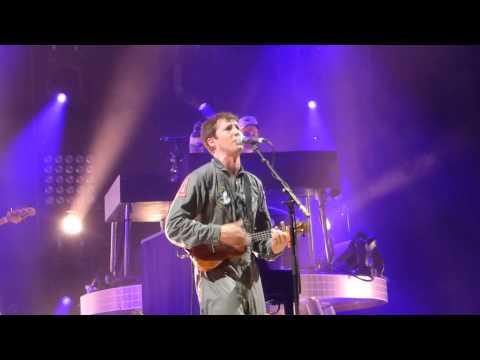 James Blunt - Postcards (live Arena Genève 24/03/14)