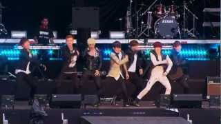 Bingeul Bingeul - U-KISS (En vivo Evento 40 Colombia)