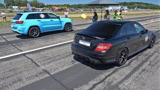 Jeep Grand Cherokee SRT vs Porsche Cayenne
