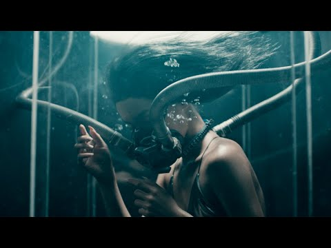 Смотреть клип Lexie Liu - Manta