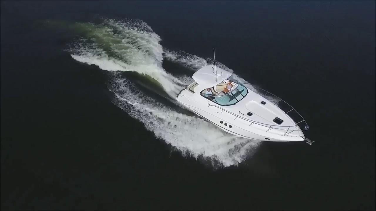 2017 Rinker EX370 37' Express Cruiser - Review
