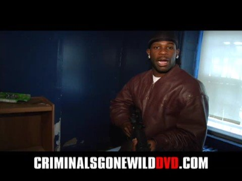 CRIMINALS GONE WILD  M16 & Pitbulls