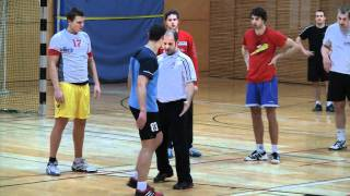 Txema Urdiain in Berlin, team handball practice 2/3