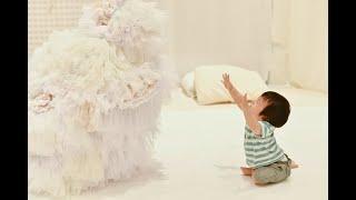 to R mansionのベイビーシアター 「でこぼこ」PV 赤ちゃんの五感や感性を刺激する、光やオブジェ、視覚的効果いっぱいの生演奏のパフォーマンス。...