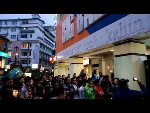 Darjeeling Lokal video songs