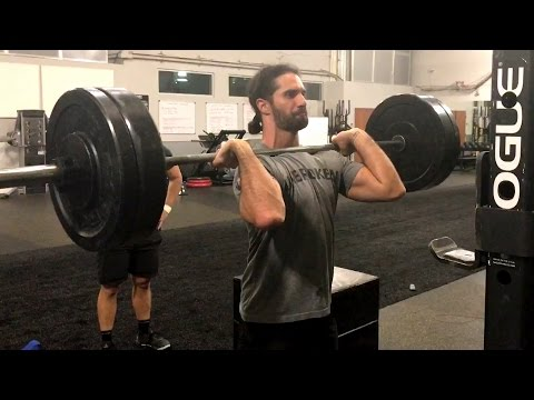 Seth Rollins gets in a final workout...