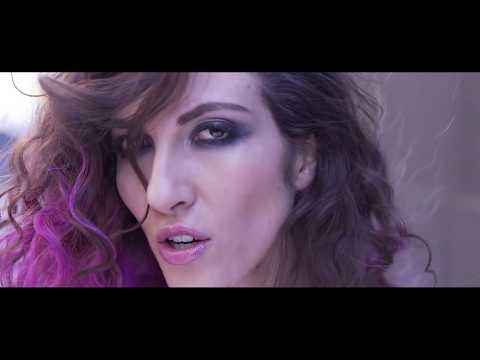 Yo No Lloro Por Llorar - Ana Victoria (Video Official)