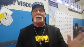 هالك هوجان يتحدث عن العمل مجددا مع WWE - في الحلبة