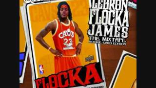 Watch Waka Flocka Flame Flexxin video