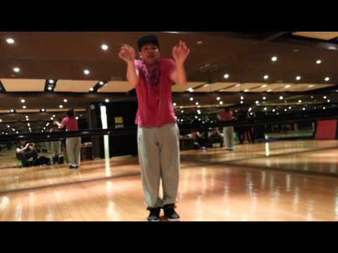 Popping freestyle | Aaron Evo- Space Bella Coola