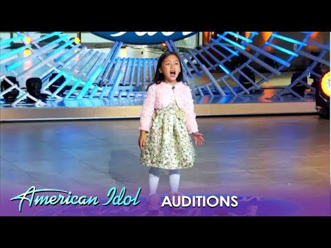 7-Year-Old VIRAL Sensation WOWS With Her Audition | American Idol 2019