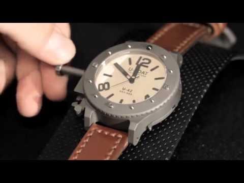 Купить часы u-boat u-42 unicum. Корпус из титана протравлен кислотой для создания винтажного эффекта. Часы оснащены специальной системой.