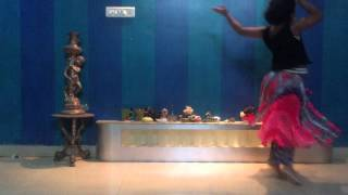 Smash Hit Dance from a Little Indian Girl!, Classical Fusion - MUST WATCH