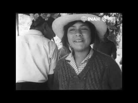 Peregrinaciones a Chalma, 1972 Dirección: Fernando CámaraPelícula de acetato 16 mm.
