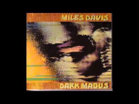 Miles Davis - Dark Magus: Live At Carnegie Hall