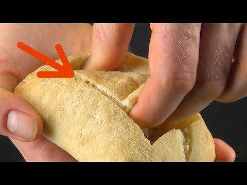 il-découpe-un-rectangle-dans-9-petits-pain.-le-résultat-va-vous-étonner-!
