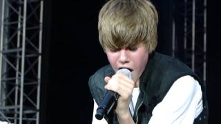 U Smile - Justin Bieber @ Gillette Stadium - Foxboro Massachusetts (HD)