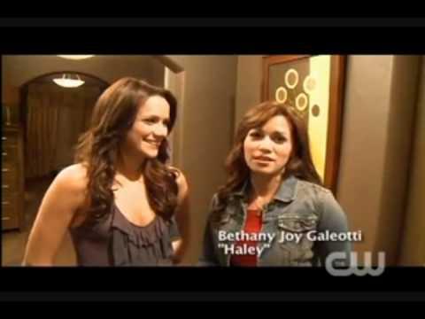 OTH Season 7 - (Behind The Scene) Bethany Joy Galeotti & Shantel Vansanten