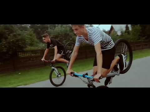 I Love Stoppies, Long Stoppies - Bike Stunts