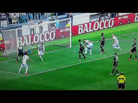 Cristiano Ronaldo primo gol in Italia in Juventus-Sassuolo
