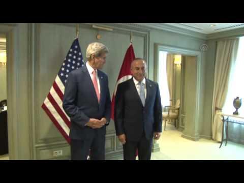 Turkish FM Mevlut Cavusoglu meets U S  Secretary of State John Kerry