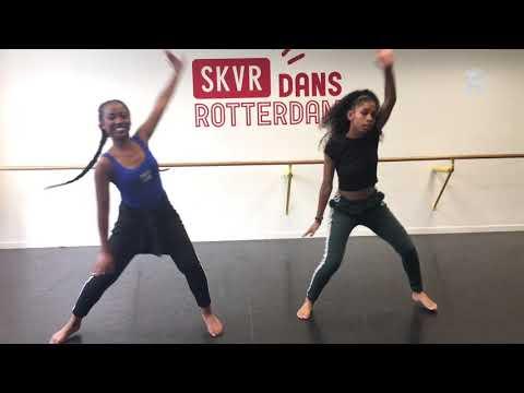 Afro Dance neemt