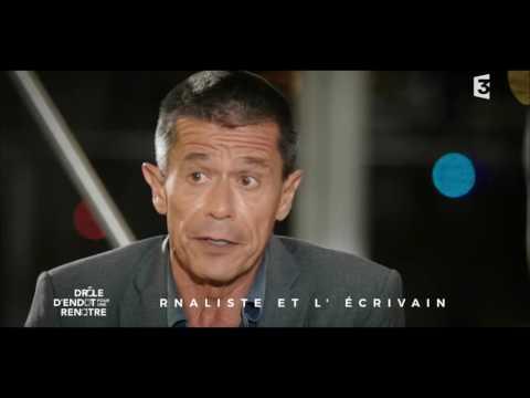 Interview d'Emmanuel Carrère à l'aéroport d'Orly - Drôle d'endroit pour une rencontre