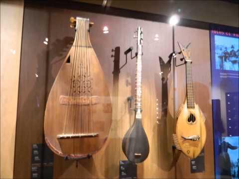 BRUXELLES Musée des instruments de musique
