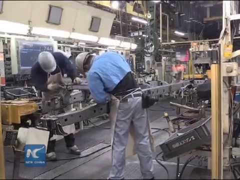 Japan approves stimulus package