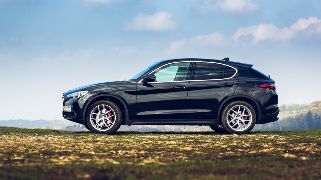 2018 Alfa Romeo Stelvio Offroad Driving Nice Footage And Overview
