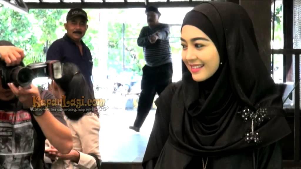 Pernikahan Nuri Maulida Mengusung Tema Islami  YouTube