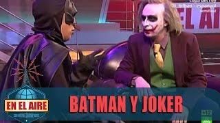 """El Joker: """"Soy el caos, intento beberme el agua por el culo"""" - En el aire"""